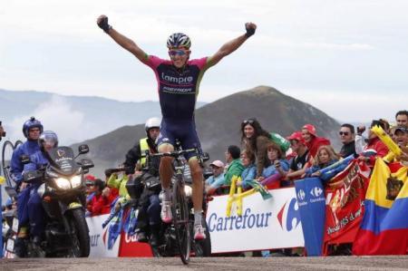 Przemyslaw Niemiec gana en los Lagos de Covadonga