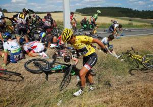 Fabian Cancellara, uno de los afectados por la caída