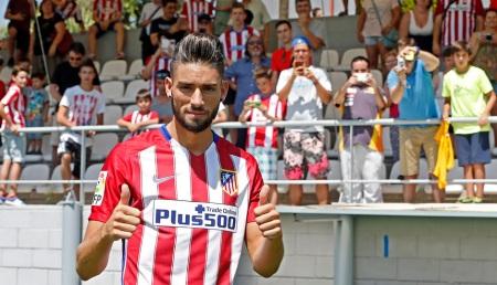Yannick Carrasco presentado por el Atleti