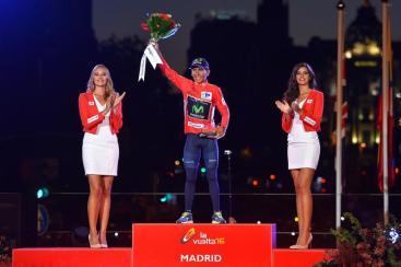 Nairo Quintana, con el maillot rojo
